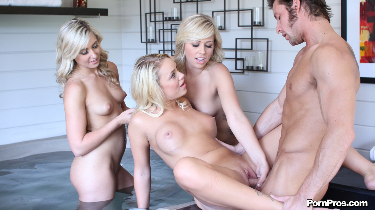 porno-video-krasivie-molodie-blondinki-smotret-onlayn